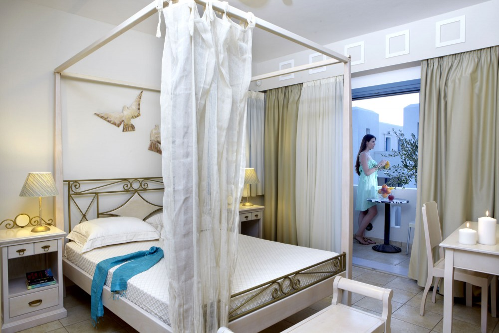 Mitos Suites Aqua Vista Hotels Hotel Management Company